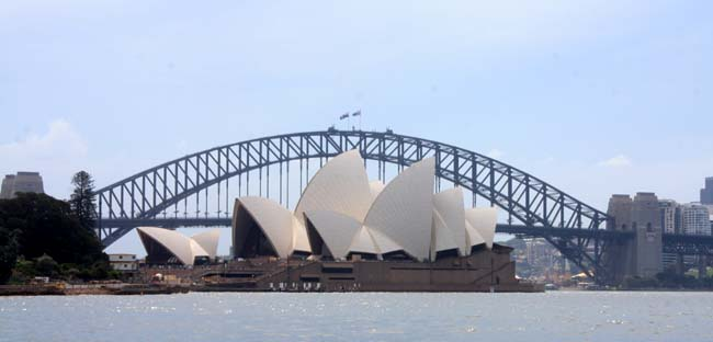 01 Sydney Harbour Bridge Australia Opposite to Sydney Opera House