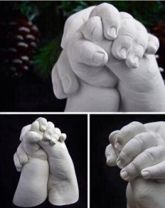 04 Baby hands and feet sculptures