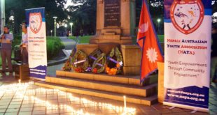 Candle Lighht Vigil in Ashfield_Remembrance for Victims of Earthquake in NepalDSC07244